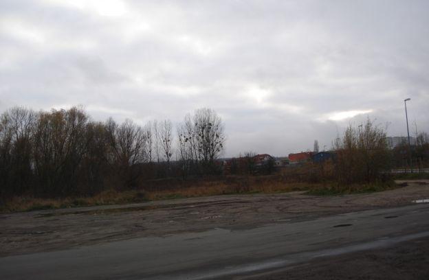Nieruchomości gruntowe niezabudowane przy ul. Wisławy Szymborskiej z przeznaczeniem na usługi sportu i rekreacji