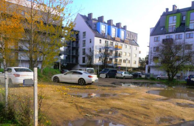 Nieruchomość gruntowa niezabudowana położona w Szczecinie przy ulicy Ks. J. Popiełuszki – działka nr 2/5, obr. 2074