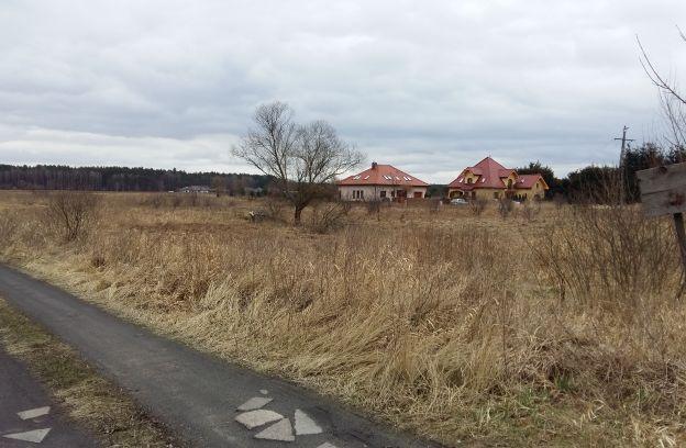 Nieruchomość gruntowa niezabudowana położona przy ul. Rumiankowej – działka nr 137/1, obr. 4209