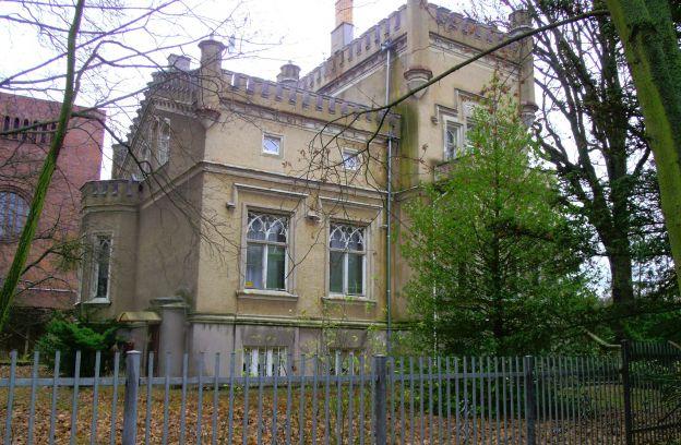Nieruchomość gruntowa zabudowana położona przy al. Wojska Polskiego 95