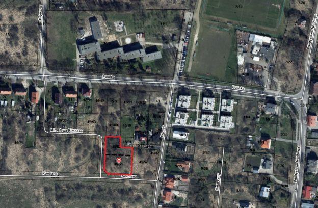 Teren inwestycyjny położony przy ulicach: Kordiana – Kimnesa, z przeznaczeniem pod zabudowę wielorodzinną niską – działki nr 45/56 i 45/82 z obr. 3004